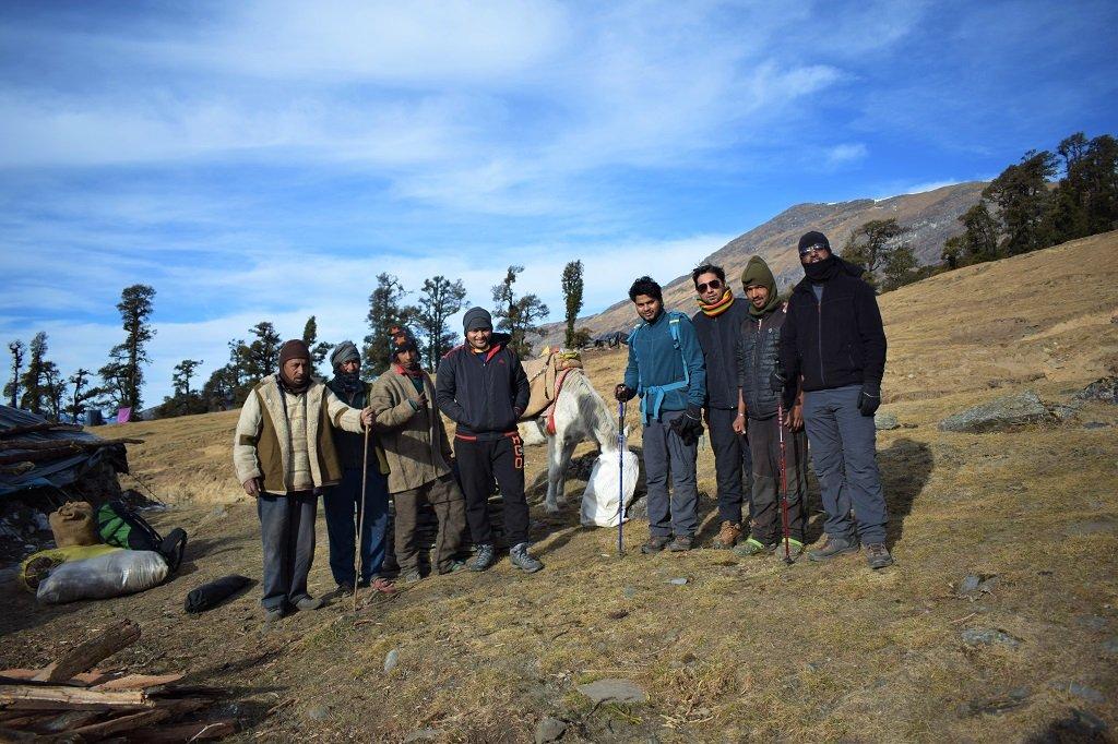 group on nag tibba trek