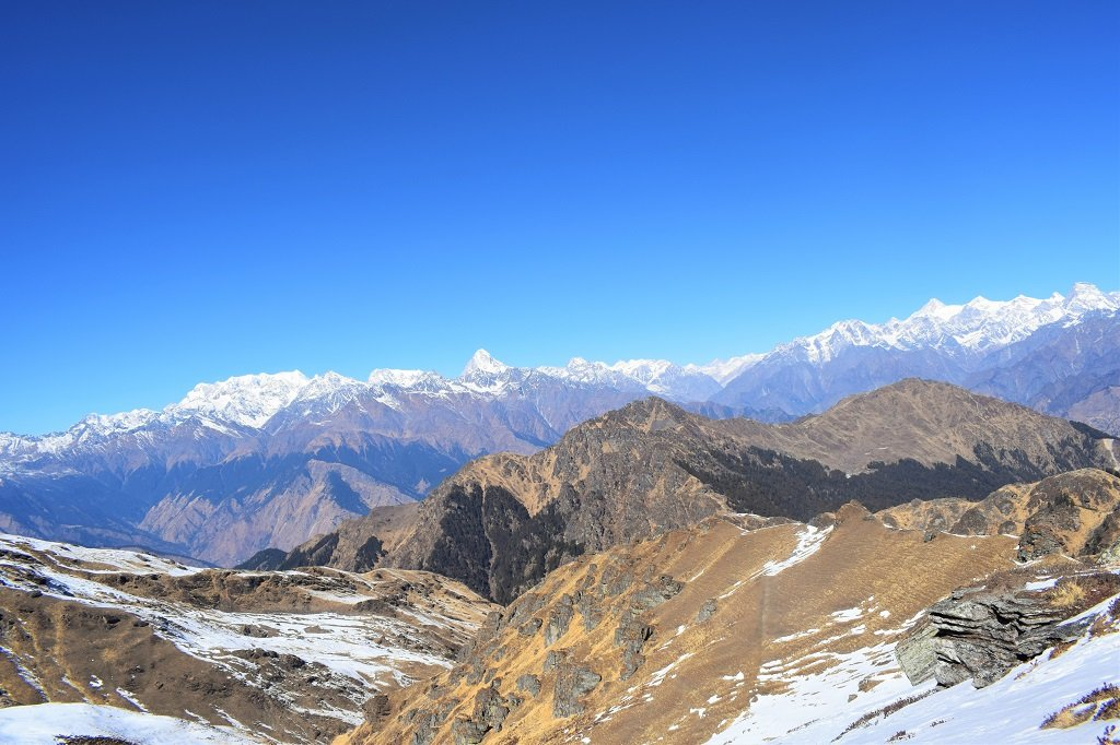 mountains views at kuari pass trek