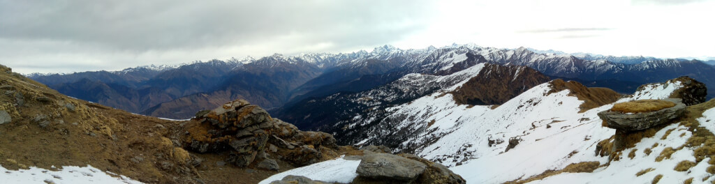 Panoramic view of Himalayan range from kedarkantha top