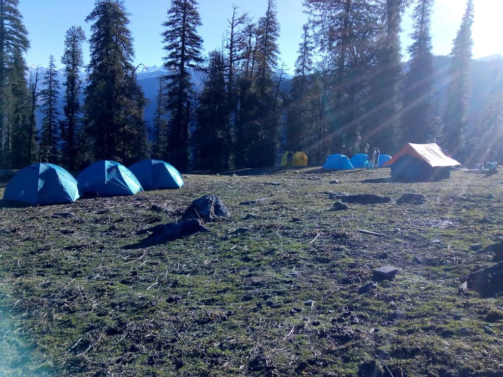 UTT camp site at jadu ka talab at kedarkantha
