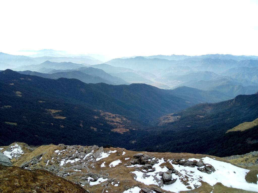 Beautiful view of green mountain from kedarkantha trek