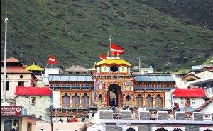 Utttarakhand Trip Trek:  Badrinath Temple (Char Dham Yatra)