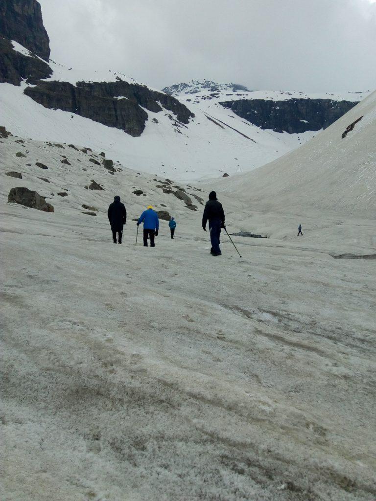 best snow trek rupin pass