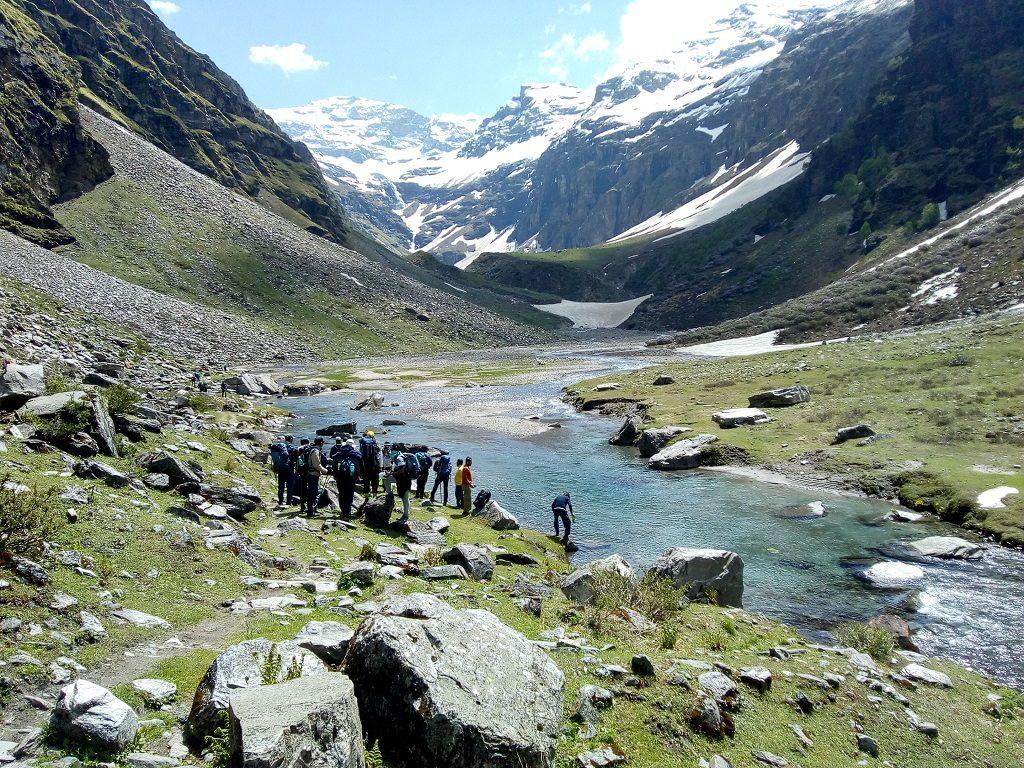 river side on rupin pass trek