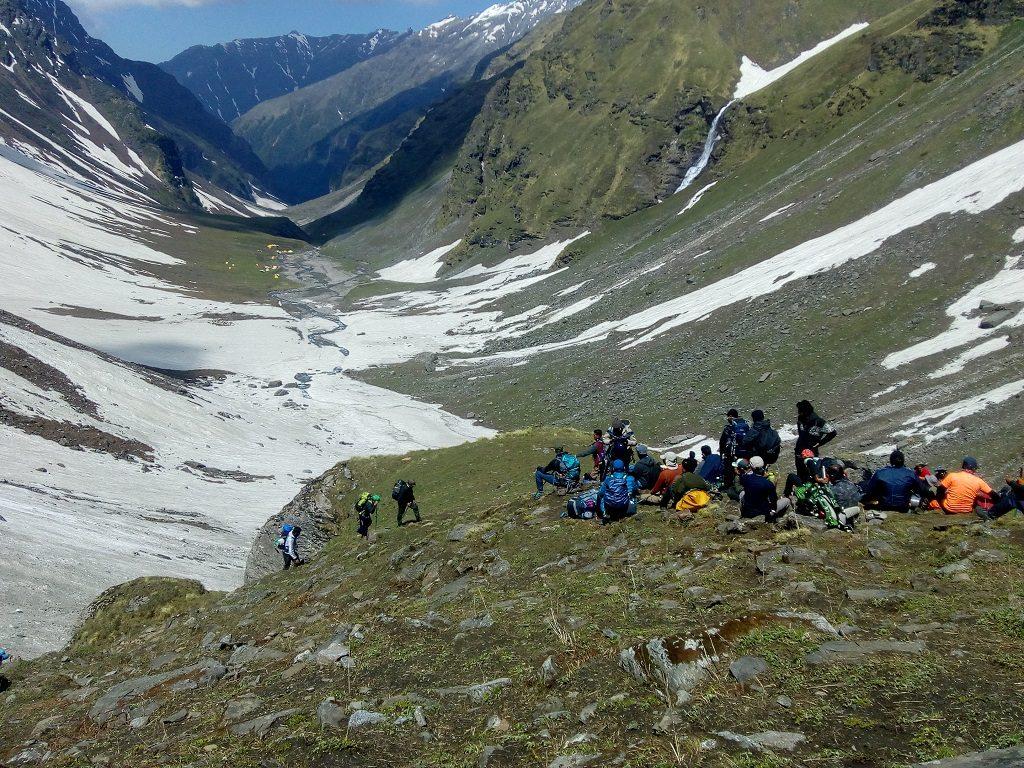 rupin pass trek near water fall